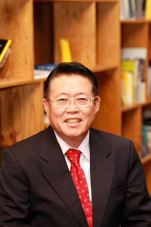 `한반도 포럼` 참석 베이징 방문